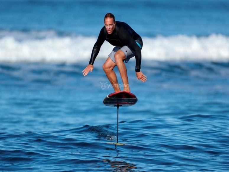 Experto en surf eléctrico