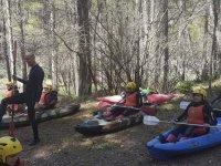 Aprendiendo antes de comenzar nuestra ruta en canoa