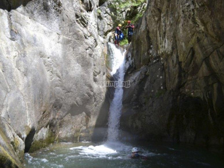 Conociendo cascadas por el Barranco de la Hociquilla