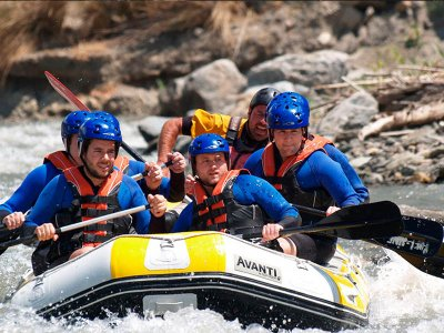 Advanced rafting on the Guadalfeo river Órgiva 4 h