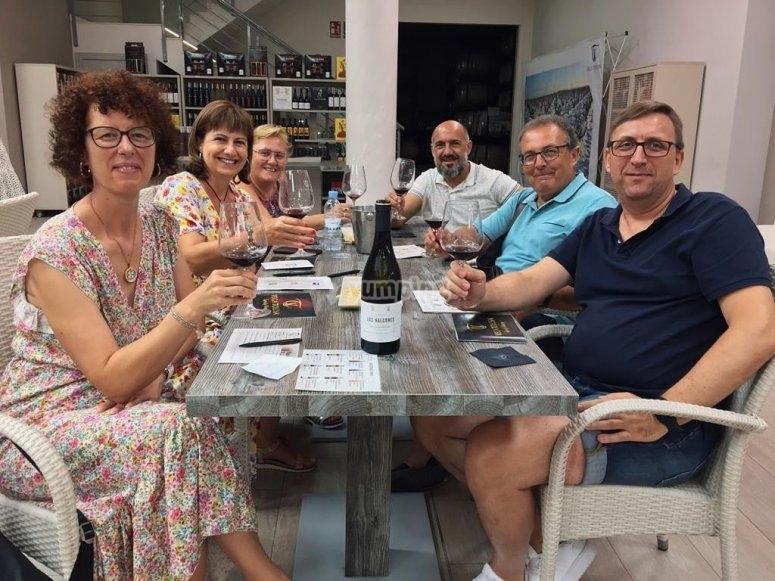 Durante la cata de vinos