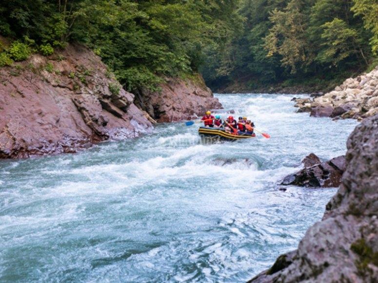 Conociendo el río Ésera en rafting