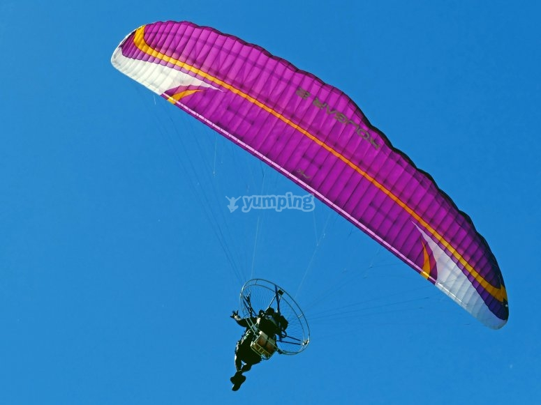 Paramotor seen from the ground