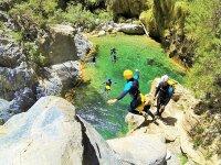 Descent of the Barrosa ravine in Ordesa 2 h