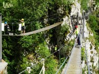 Puenting desde el puente tibetano