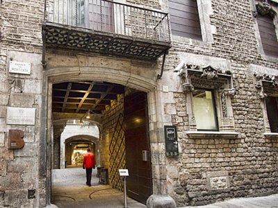 参观毕加索博物馆和巴塞罗那哥特区