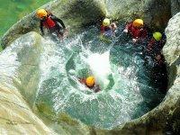 Jolo峡谷在Alozaina的后裔4小时