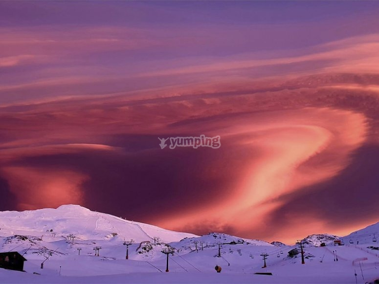 Paisajes de Sierra Nevada tras un día de esquí