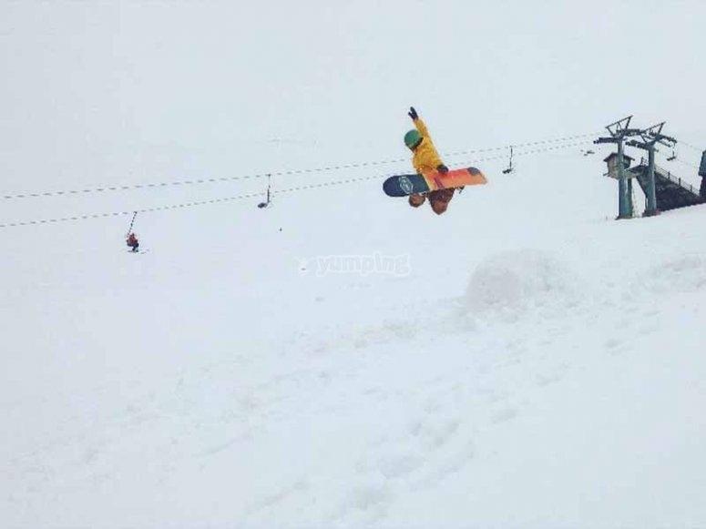 Curso de snowboard en Navacerrada
