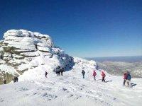 Snowshoeing route in Sierra Nevada 2 days