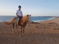 Jinete montando en Fuerteventura