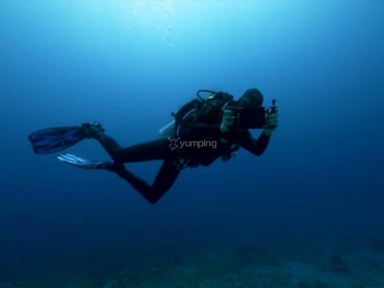 """在""""发现水肺潜水""""课程中"""