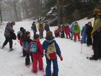 穿越内华达山脉的家庭雪鞋徒步路线