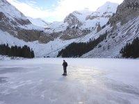 Snowshoeing in Cuello de Arenas in Nerín 4h