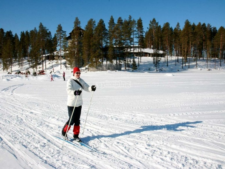 Cross-country skiing in the Moreto valley