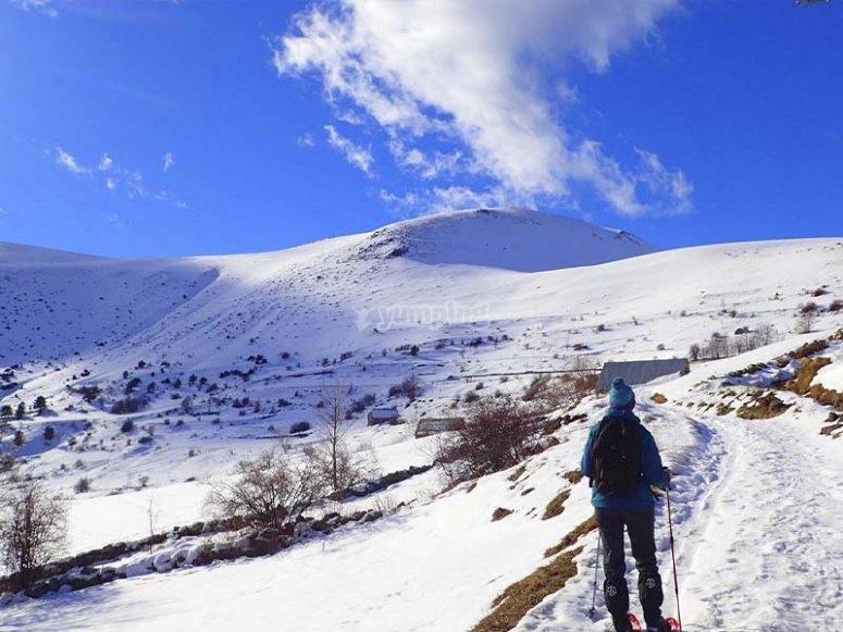 Raquetas de nieve en el valle de Tena