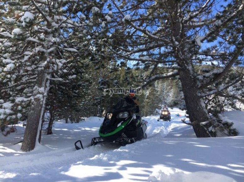 雪地摩托引导路线