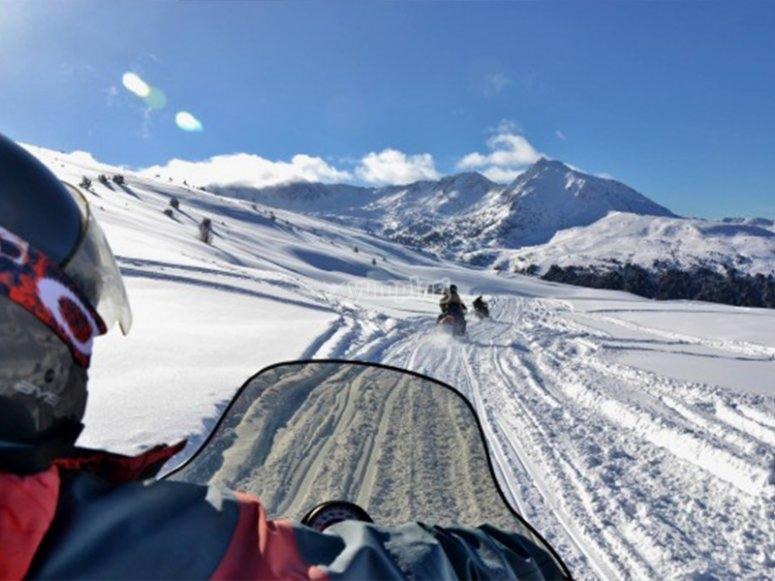 雪地摩托穿越比利牛斯山脉的路线