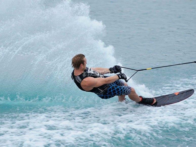 Provare il wakeboard