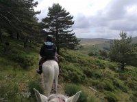 A caballo por el monte de Aguas Vertientes