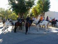 Concentrados a caballo en El Espinar