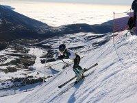 Noleggio attrezzatura da sci ad Alto Campoo adulto 1 giorno