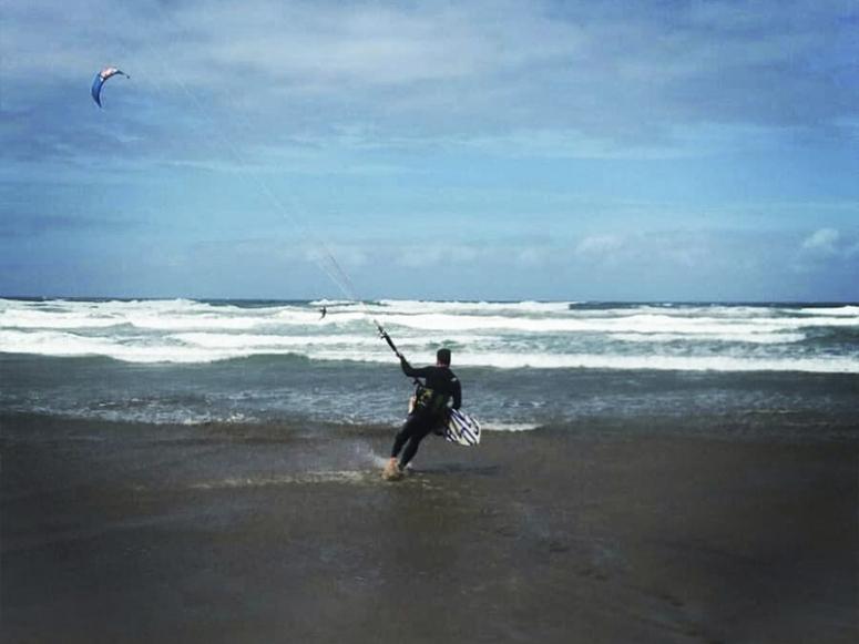 准备练习风筝冲浪