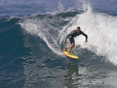 Lezioni di surf sulla spiaggia di Famara, Costa Teguise 9 h