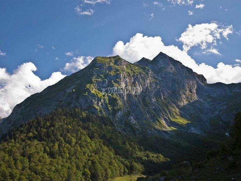 阿蒂加·德林(Artiga de Lin)的山顶景色