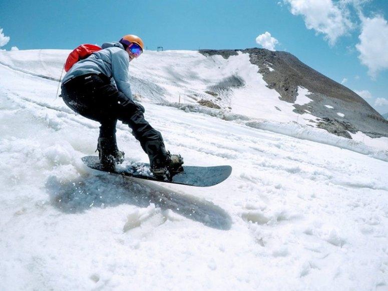 享受滑雪日