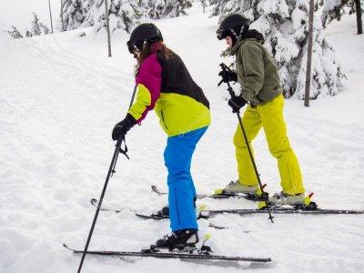 Clase de esquí para principiantes en Valdesquí 3 h