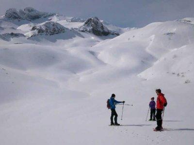 在Collanzo 3h到达Pico Faro的雪鞋行走路线