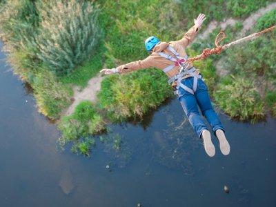 Bungee Jumping Plus a Poveda de la Sierra 1 h