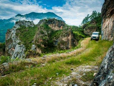 Ruta del Cares en todoterreno en Picos de Europa