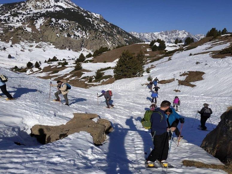 雪靴路线小组
