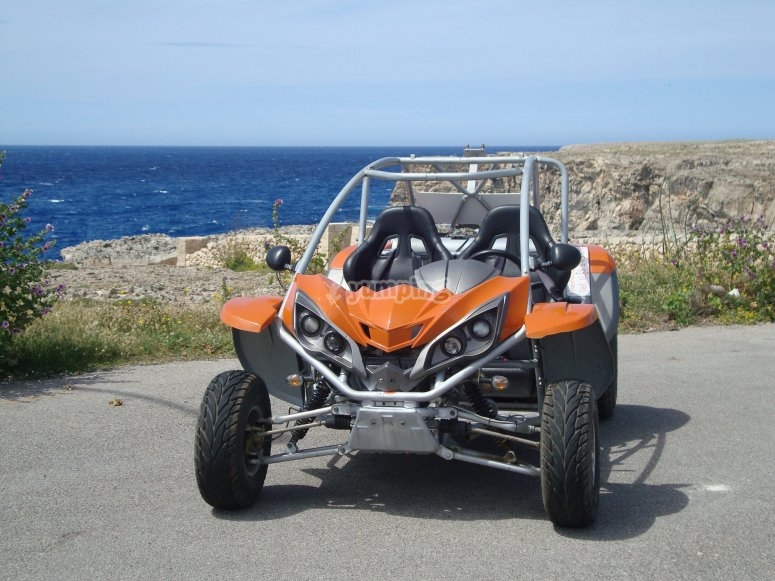在梅诺卡岛的越野车租赁