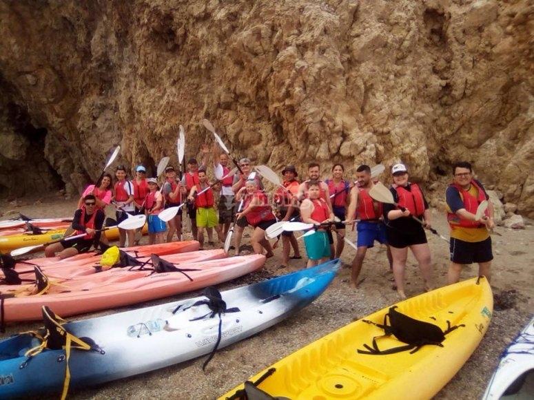 Grupo de ruta en kayak en Es Figueral