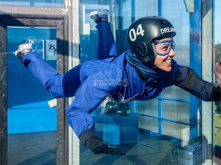 测试室内跳伞