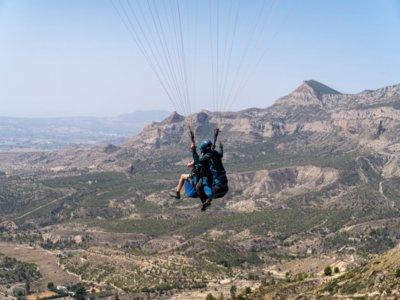Paragliding flight from Igualada 45 minutes