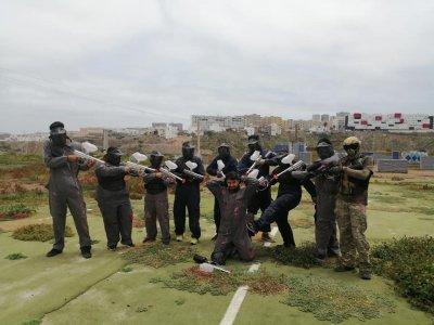 在拉斯帕尔马斯的200个彩弹射击游戏