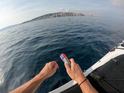 Pesca con monitor en kayak y comida en Girona 4h