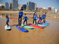 Clases de surf para menores Gijón