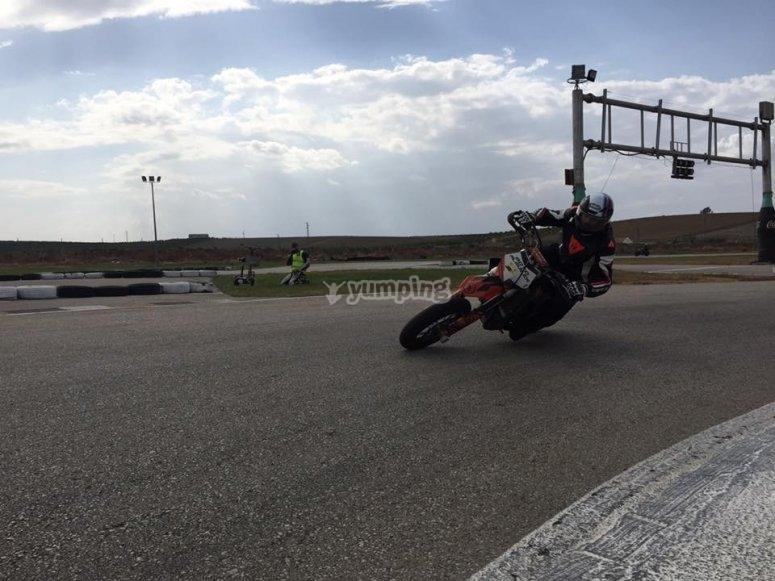 Conducción de KTM