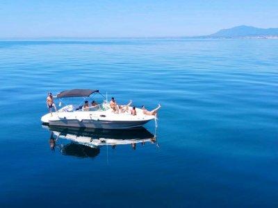 Noleggio barche senza skipper a Marbella 2 ore