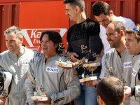Celebrando tras la carrera de kartings