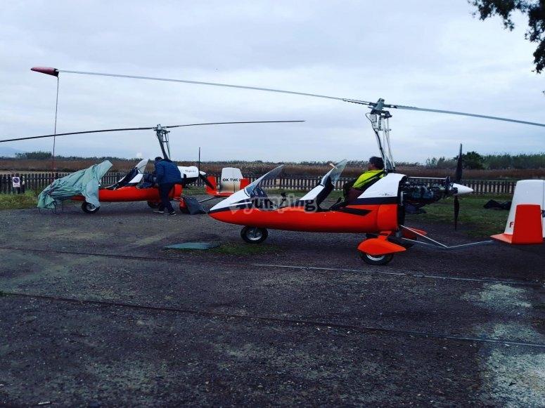 准备直升机飞行