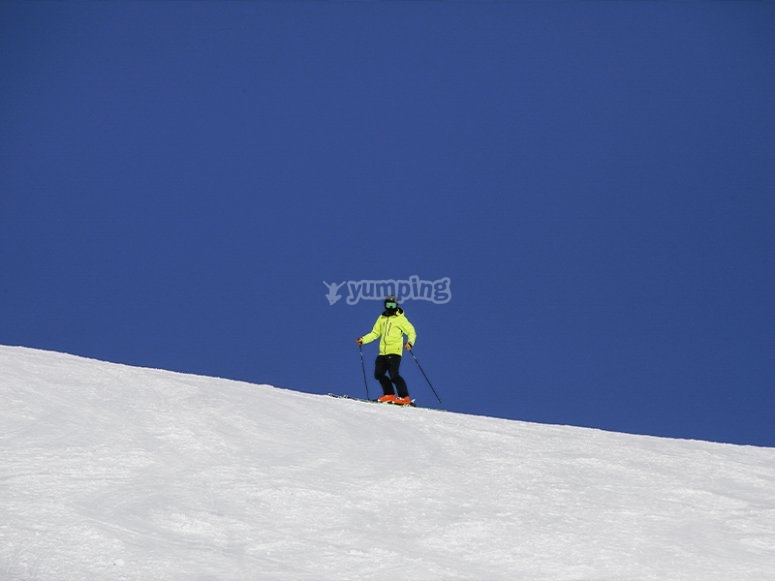 Disfrutando del esquí