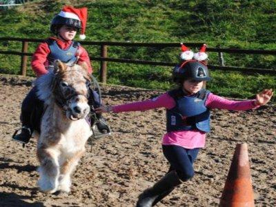 每月在Lasarte-Oria儿童骑术班8