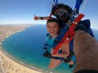 Volando en paracaídas sobre Maspalomas
