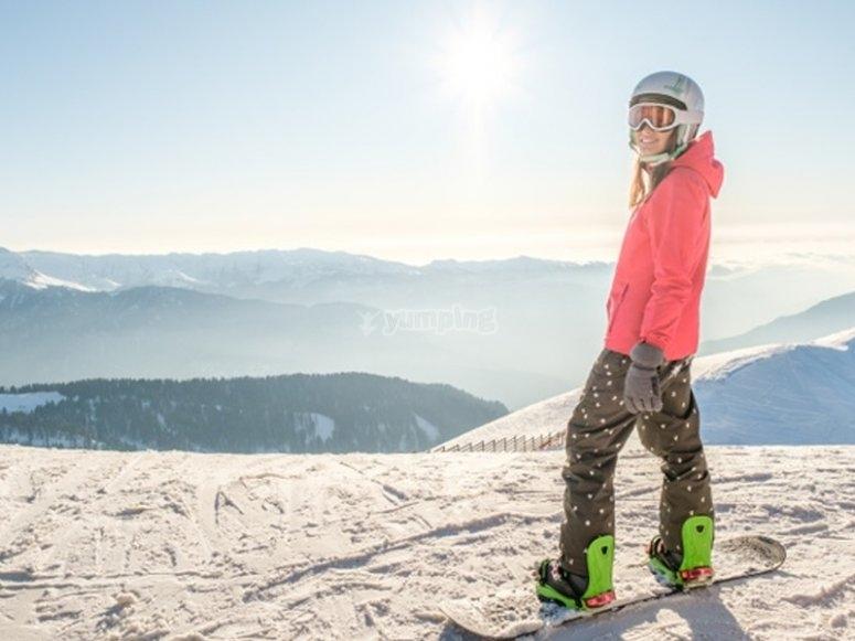在Candanchú的滑雪板课程
